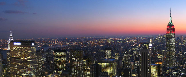 Skyline_New_York_City_New_York_from_Rockefeller_Center_at_night