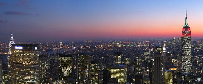 Skyline_New_York_City_New_York_from_Rockefeller_Center_at_night