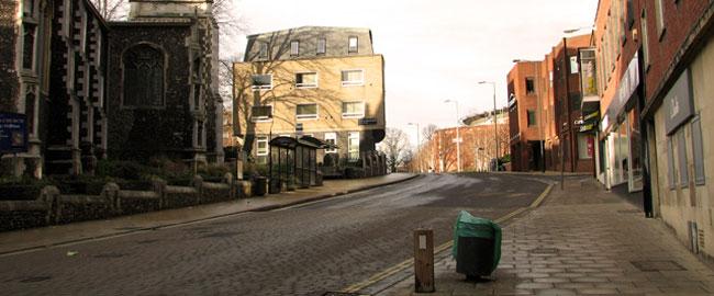 עיר רחוב שומם דומם ריק מאדם empty