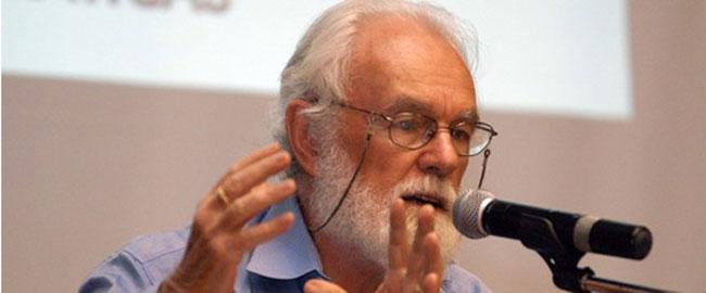 החוקר המרקסיסטי פרופסור דיוויד הארווי (צילום: מורנינג סטאר) david-harvey