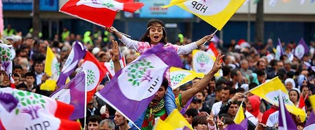 אספת פעילים של מפלגת העמים הדמוקרטית בטורקיה (מקור) hdp-turkey