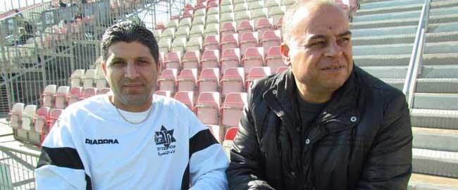 נג'ואן ע'רייבּ (שמאל), בעבר שחקן בנבחרת ישראל, כיום מאמן קב' הנוער של מכבי אחי נצרת (צילום: אלוואד.נט) כדורגל ספורט ערבים פלסטינים najuan