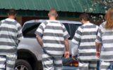 """אסירים בארה""""ב אמריקה כלא מדים פסים modern_chain_gang"""