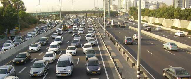 פקק תנועה בכביש גהה (צילום:דר אבישי טייכר. מתוך אתר פיקיוויקי) מכונית רכב תחבורה כביש cars
