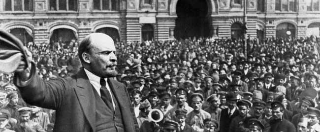 ולדימיר איליץ' לנין נואם מהפכה היסטוריה רוסיה ברית המועצות קומוניזם סוציאליזם lenin-crowd