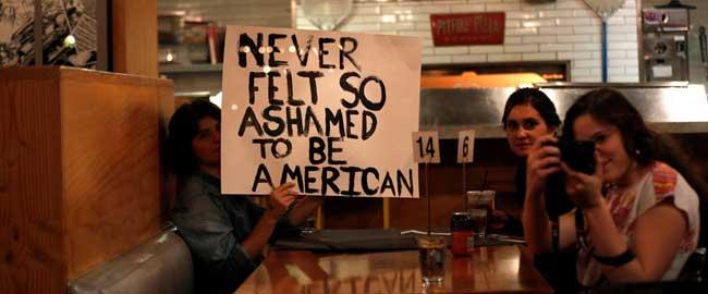 """מתוצאות הבחירות: מתביישים להיות אמריקאים (מקור) נשיא נשיאות 2016 קלינטון טראמפ ארהב ארה""""ב אמריקה shame"""